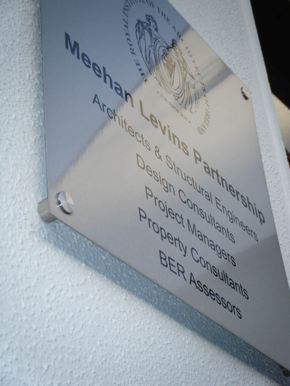 C) Brushed Aluminuim Plaque